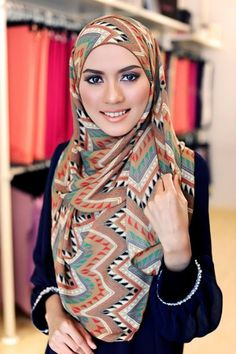 Hi, our lovely branded hijabs if you are looking for ideas how to tie hijab in different ways?you are at a right place.There are many chic ways to wear hijab. This post is all about different ways to tie hijab fashionably that goes with different outfits. Islamic Fashion, Muslim Fashion, Hijab Fashion, Modest Fashion, Beautiful Muslim Women, Beautiful Hijab, Womens Fashion Online, Latest Fashion For Women, Hijab Styles For Party