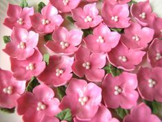 PINK HYDRANGEAS BLOSSOMS with Leaf  / Gum Paste Flowers /  Cake  and Cupcake Decorations