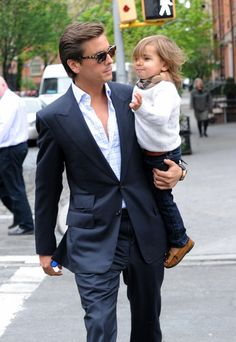 Scott Disick and Son Mason - Best Dressed Father-Son Duo? Father And Son Clothing, Scott Disick Style, Lord Disick, Business Casual Jeans, Emperors New Groove, Matching Family Outfits, Hollywood, Celebs, Celebrities