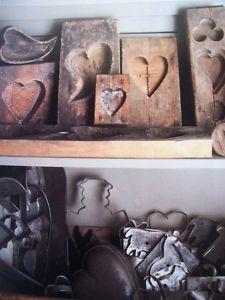 54 Pictures From Vintage Primitive Decorating Books Primitive Kitchen, Primitive Antiques, Country Primitive, Country Kitchen, Primitive Bedroom, Primitive Decor, American Country, Early American, Sugar Mold