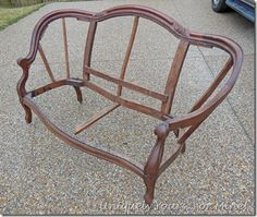 How to upholster a sette