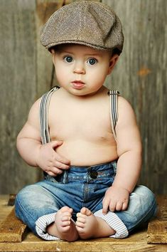 Baby boy pictures, baby boy photography и 6 month baby picture ideas Cool Baby, So Cute Baby, Baby Kind, 6 Month Baby Picture Ideas Boy, Baby Boy Pictures, Newborn Pictures, Baby Ideas, 6 Month Pictures, Monthly Pictures