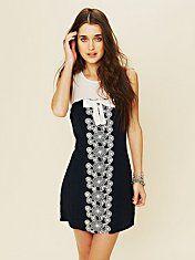 Daisy Garden Shift Dress