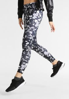 Röhnisch ADA - Tights - black butterfly for with free delivery at Zalando Black Tights, Free Delivery, Butterfly, Exercise, Pants, Women, Fashion, Black Socks, Ejercicio