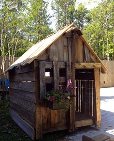 children's outdoor wooden playhouse from recycled wood end if summer sale Childrens Outdoor Playhouse, Pallet Playhouse, Build A Playhouse, Playhouse Outdoor, Outdoor Play Spaces, Outdoor Fun, Outdoor Decor, Recycled Wood, The Ranch