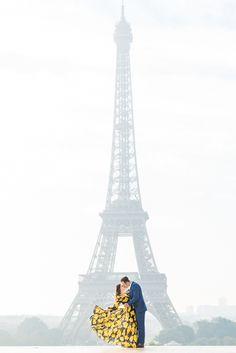 Paris Photoshoot Inspiration - Kiss Me in Paris