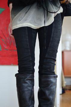 Line Detail Leggings/Boots