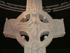 The Most beautiful ancient Celtic crosses of Ireland. Celtic Crosses, Celtic Art, Irish American, American Girl, Beautiful Castles, Beautiful Things, Erin Go Braugh, Bereavement Gift, Book Of Kells