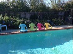 Instead of throwing the old lawn chairs in the trash, she took them outback and made this for the pool!