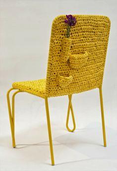 La Fabrique à Déco: Chaise tricotée, par Nicole Tomazi