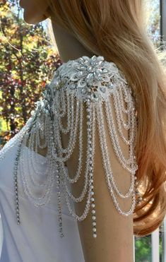 Statement wedding shoulder necklace is inspired and influenced by the fabulous jewelry of the Art Deco era. This unique necklace lies beautifully around the neck and shoulders. It is adjustable for a perfect fit. The centerpiece to any formal outfit. Diy Wedding Dress, Wedding Dress With Pockets, Rustic Wedding Dresses, Lace Weddings, Wedding Gowns, Wedding Lace, Trendy Wedding, Elegant Wedding, Backless Wedding