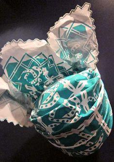 'Let them talk'. Deze hoofddoek kon een rol spelen in ruzies.Klik foto voor meer info - Angisa | Berthi's Weblog