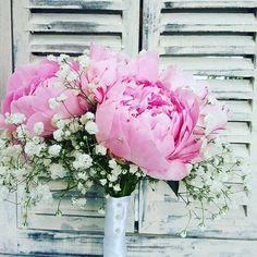 Adi's bridal bouquet #weddingflowers #wedding#peonies #pink #puremagic #love