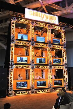 Instead of a traditional panel format, organizers created a replica of the set from the game show Hollywood Squares