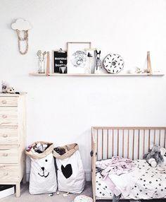 Simple but fun kids room  . . credits: #repost @tellkiddo  #home #homedecor #homesweethome #housedesign #homedesign #interior #interiordesign #industrialdesign #industrialdecor #industrial #instalike #instadaily #followme #homeideas #homeinspiration #homeinspo #nursery #kidsroom #playroom #baby #bedroom #cosy #howyouhome by neateideas