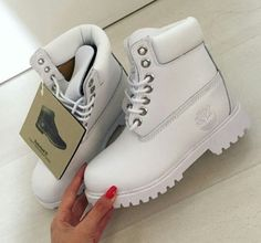 White timbs - http://sorihe.com/mensshoes/2018/02/14/white-timbs/