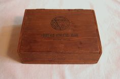 Boite Nature Wooden Cigar Box Brass Finger Joints Locked Corners Buffalo Athletic Club Imprinted Wood Tobacco Advertising Father's Day