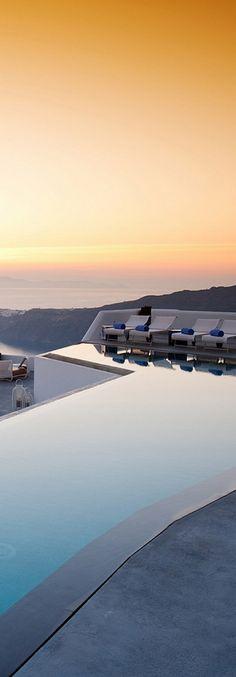 Santorini, Greece | LOLO