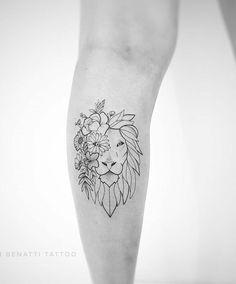 Lion tattoo: Get inspired by 80 arts representing the king of the jungle - Tatuagem de leão: inspire-se em 80 artes representando o rei da selva Lion tattoo: Get inspired - # Leo Tattoos, Future Tattoos, Body Art Tattoos, Tribal Tattoos, Small Tattoos, Tatoos, Geometric Lion Tattoo, Tattoos Skull, Small Lion Tattoo For Women