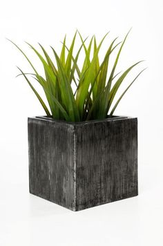 exklusiver blumenk bel aus fiberglas city 100 cm. Black Bedroom Furniture Sets. Home Design Ideas