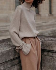 Mood august fashion october 23 2019 at 06 fashion inspo fashion clothes shoes luxury for women casual style dresses outfits summer outfits minimalist fashion fashion tips fashion ideas style 401031541820952110 Fashion Mode, Minimal Fashion, Look Fashion, Womens Fashion, Fashion Trends, Street Fashion, Fashion Fall, Fashion Style Women, Fashion Humor