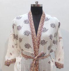 100% cotton kimono robe - Festival clothing - Kimono kaftan - Oriental kimono - Kimono jacket - Cardigan kimono - Bathrobe #MCK 46 Funky Fashion, Indian Fashion, Women's Fashion, Festival Clothing, Festival Outfits, Bridesmaid Robes, Wedding Bridesmaids, Wedding Kimono, Cotton Kimono