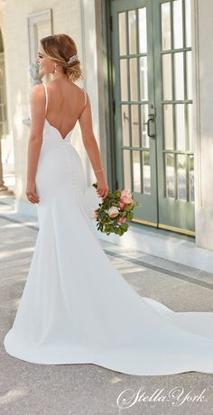 Stella York 2020 Wedding Dresses - 7069 Simple backless beautiful mermaid wedding dress with v neck thick straps for the romantic country bride Different Bridesmaid Dresses, Different Wedding Dress Styles, Bridal Elegance, Minimalist Wedding Dresses, Best Wedding Dresses, Bride Dresses, Lace Dresses, Wedding Dresses Stella York, Timeless Wedding Dresses