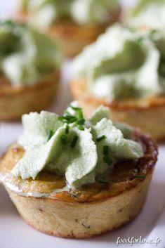 Mini Frittatas aux Pommes de Terre et Cantal Entre Deux, Mousse aux Herbes