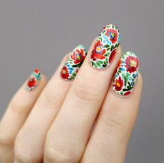 #nails #manicure #nailart Inspired by Hungarian Matyó embroidery.