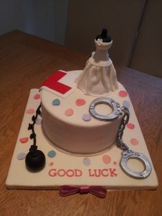 hen party cake!