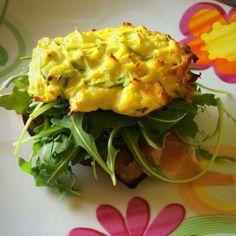 Panino di patate e zucchine con rucola, crudo e melanzane grigliate!