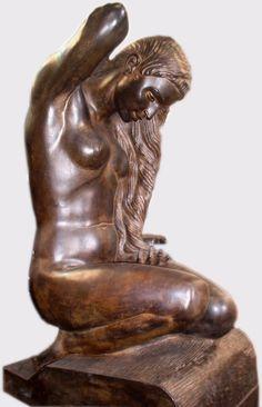 Copia en bronce de original en madera del escultor Grancacnario Manolo Ramos. Fundida en Bronzo para su museo en Gran Canaria.