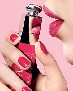 いいね!8,544件、コメント28件 ― Dior Makeupさん(@diormakeup)のInstagramアカウント: 「Shut it's a secret! Perfect balance between colour & stain giving you comfort and no-lipstick…」