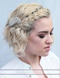 Znalezione obrazy dla zapytania najlepsze krótkie fryzury kręcone