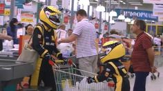 There is some Formula 1 in every Renault - #06 Pilot's Suits