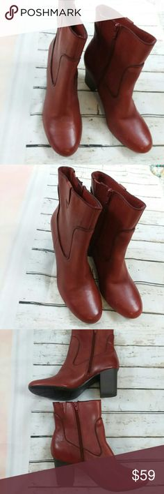 """Clark's Brown Leather Boots Booties Size 10 M This is a lovely pair of ladies Clark's leather boots booties. They are brown leather. They are in like-new condition as they were store model so there is no box but they have never been worn. They are size 10 m. They heal measurement is 3.75"""". Clark's Shoes Ankle Boots & Booties"""