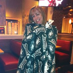 Everyone needs an #Eagles blanket for that chilly weather!