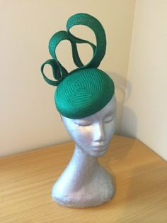 Talia by LEAH CASSIDY #millinery #HatAcademy #hats
