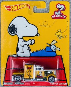 Hot Wheels 2015 Pop Culture Snoopy Convoy Custom