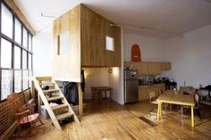 Make Small Apartment so Attractive and more Spacious, Brooklyn Loft by Katz Chiao - Home Interior Design Ideas Lofts, Loft Spaces, Small Spaces, Indoor Tree House, Treehouse Cabins, Treehouse Ideas, Cabin Loft, Loft House, Mini Loft