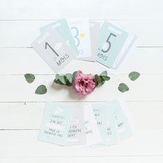 Les adorables cartes Zü sont à nouveau disponibles 🌸 Elles sont parfaites pour immortaliser en photos les premiers instants précieux de bébé. Retrouvez-les vite sur Petit Sixième ! . . #papeterie #bebe #cadeaudenaissance #cadeaunaissance #stationery #papergoods #petitsixieme