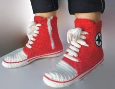 Crochet Converse Slippers Free Pattern And Video   The WHOot