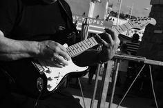 fête de la musique à Saint-Tropez triopopcorn Saint Tropez, Pop Rock, Music Instruments, Guitar, Music Party, Musical Instruments, Guitars
