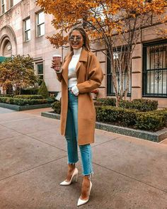 Outfits von # of winter, winter jeans outfits - Trend Mode 2019 Winter Mode Outfits, Winter Fashion Outfits, Look Fashion, Autumn Winter Fashion, Fall Outfits, Womens Fashion, Fashion Heels, Autumn Look, Travel Outfits