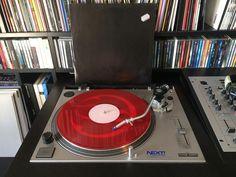 Serious Grooves With #KMS en hoe! Heerlijke dubbellaar vol pompende #house tracks uit 1993! #vinyl #vinylcollection #nowplaying #fb