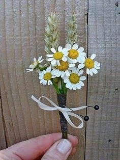 Daisy Bouquets.. undecided :  wedding calla lilies cream gerbera daisies roses yellow Feverfewwheatbout