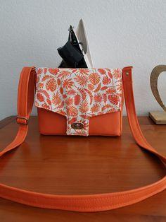 Sac Menuet orange à feuilles cousu par Marie-Odile - Patron Sacôtin