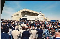OV-105, Endeavour rolled out at Rockwell Palmdale facility, Calif. on April 25, 1991.