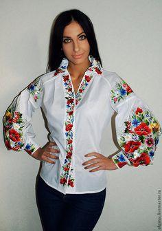 Блузки ручной работы. Ярмарка Мастеров - ручная работа Вышитая блуза вышиванка…