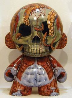 Munny by Coolvader. http://coolvaderart.com/